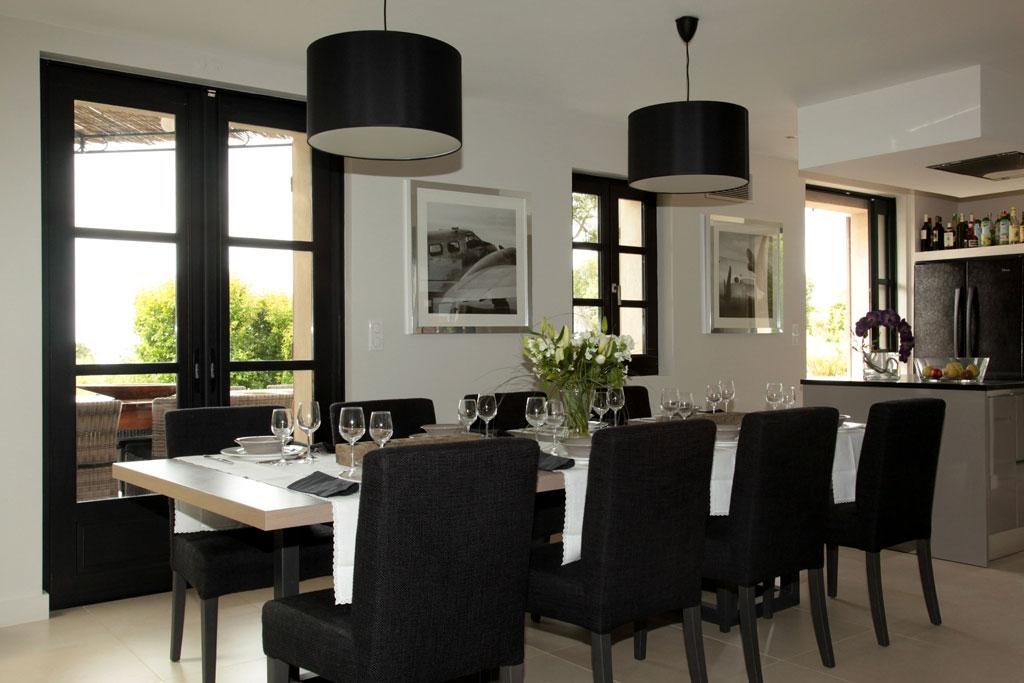 Villa bambou location luxe rayol presqu 39 le de st tropez var cuisin - Cuisine avec presqu ile ...